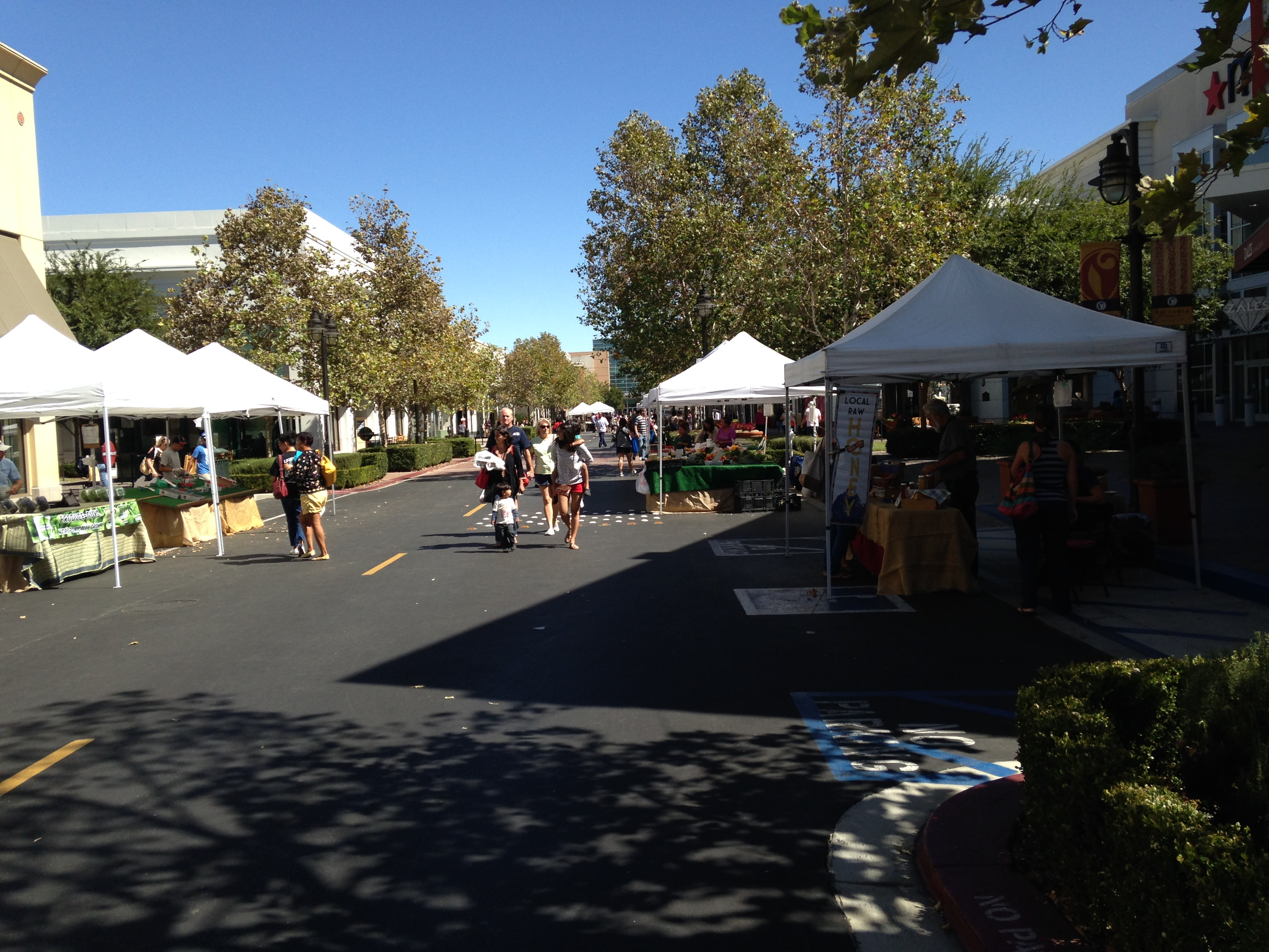 Victoria Gardens Farmer S Market Rancho Cucamonga California Joan Patterson And Associates